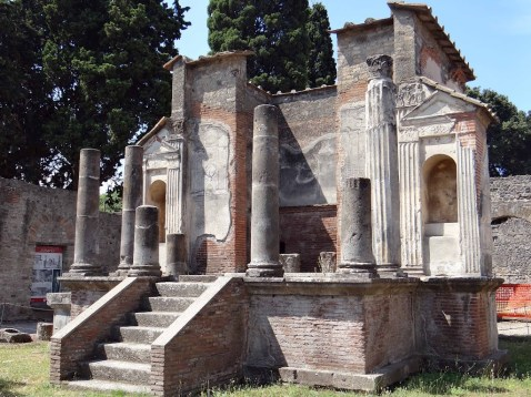 culto-a-isis-en-pompeya