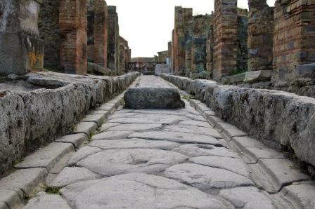 streets-pompeii-1[6]